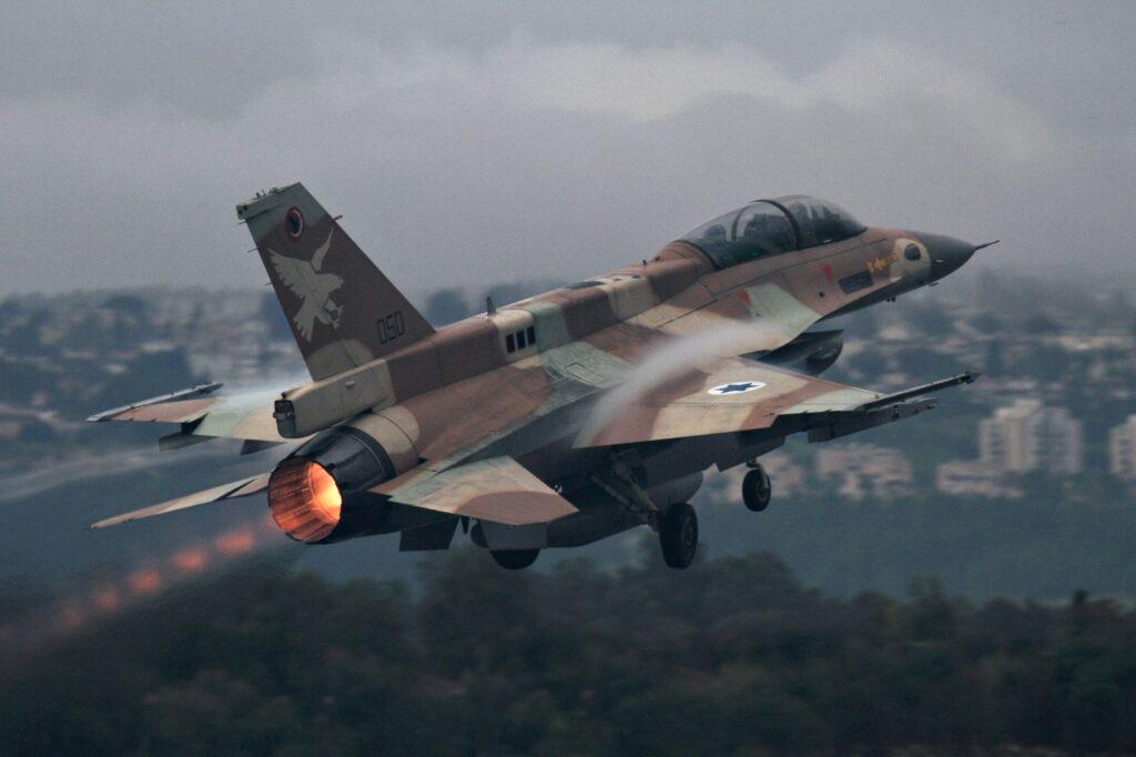 هجوم جوي يستهدف قاعدة التيفور العسكرية الهامة في سوريا