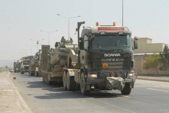 """تركيا توضح حقيقة """"قافلة الدبابات"""" المتجهة إلى حدود اليونان"""