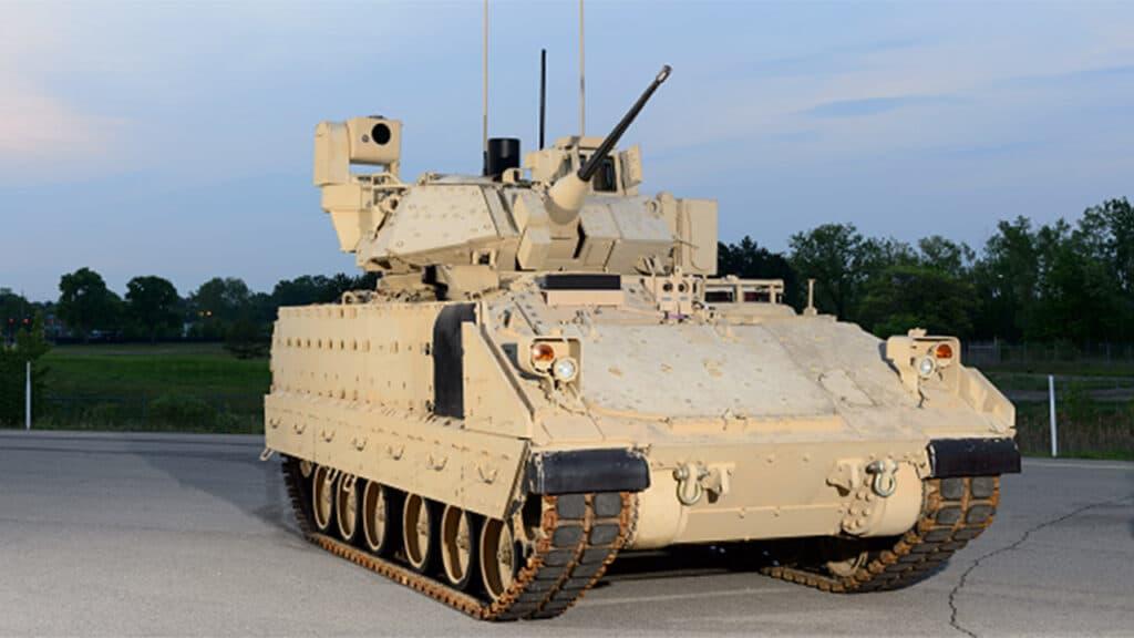 الجيش الأمريكي يبدأ في اختبار نسخة جديدة من مركبة برادلي القتالية