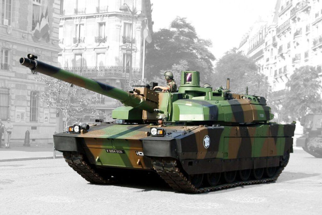 الأردن ينشر لأول مرة دبابات Leclerc القتالية الرئيسية خلال التدريبات العسكرية
