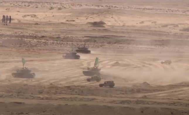 """شاهد بالفيديو ..الجيش المصري يطلق المناورة """"ردع"""""""