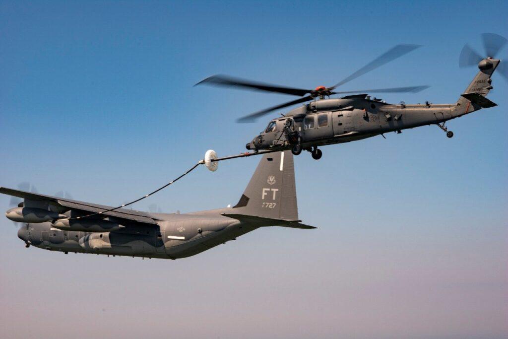 القوات الجوية الأمريكية تستقبل أولى طائرات الهليكوبتر HH-60W Jolly Green II