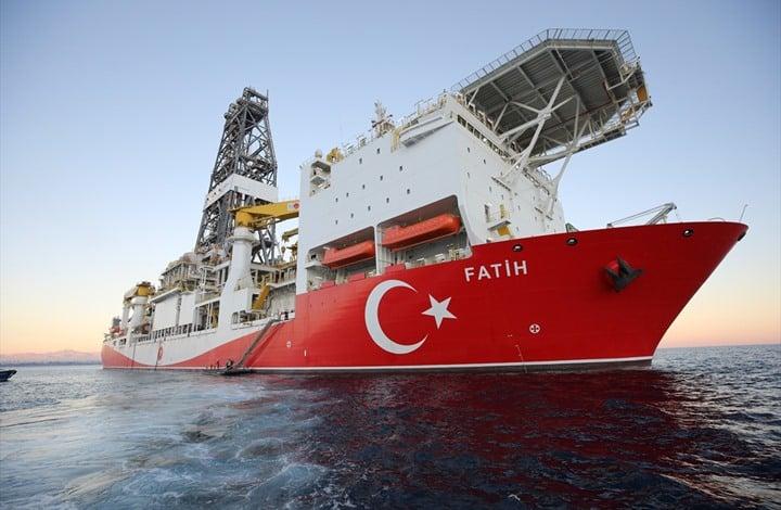 الجيش الليبي يعترض سفينة تركية قرب ميناء مصراته تحمل علم جامايكا