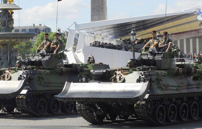 EBG  مركبة هندسية فرنسية تعتمد على دبابة AMX-30..تعرف قدراتها