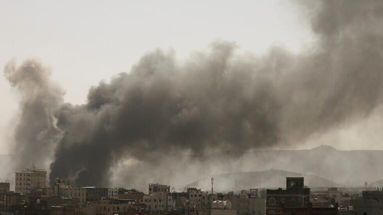 """التحالف بقيادة السعودية يقصف مواقع عسكرية لـ""""الحوثيين"""" في صنعاء فجر اليوم"""