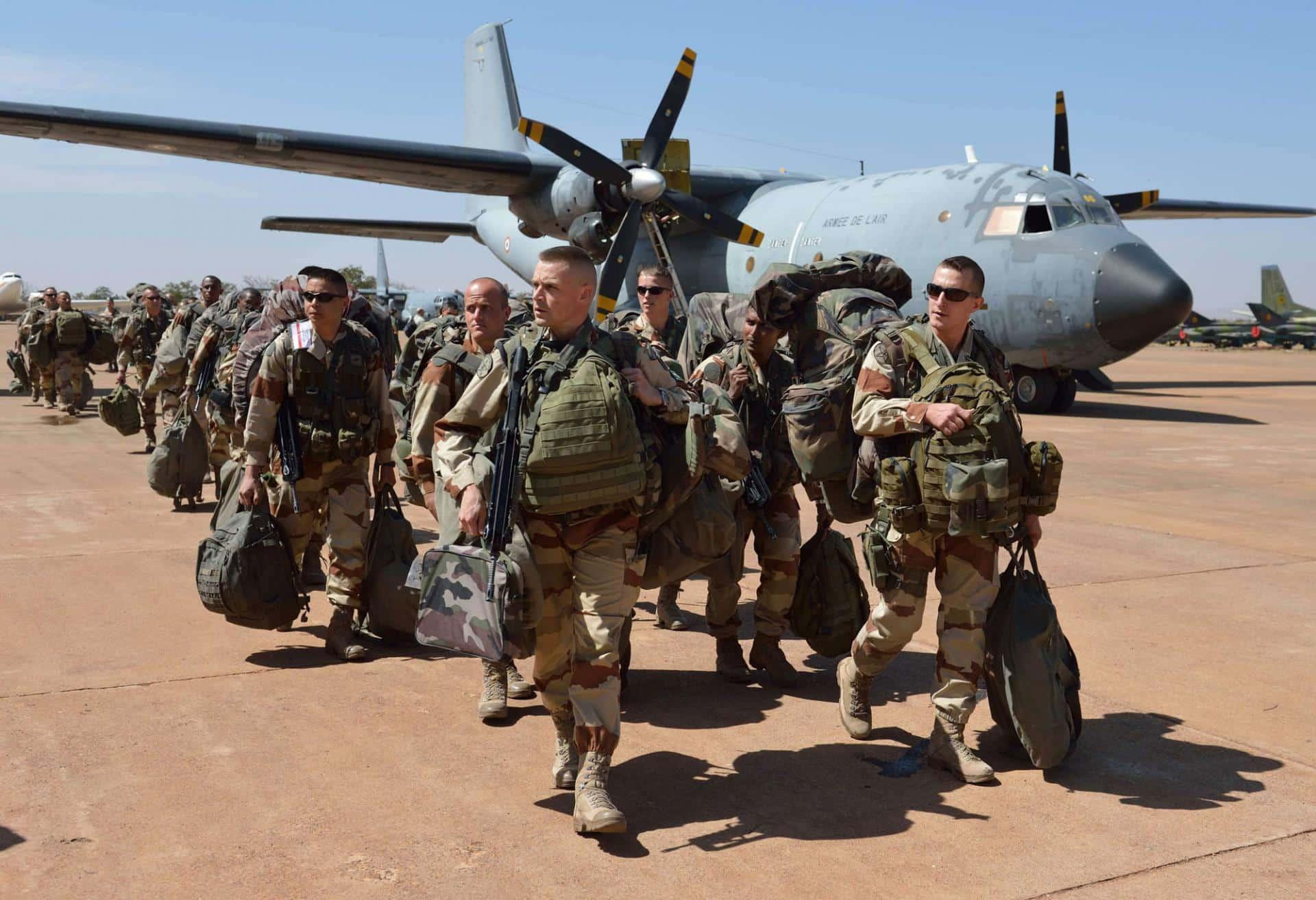 الإمارات تسير رحلات دعم لوجستي جوية لقوات تقودها فرنسا في دول الساحل الأفريقي