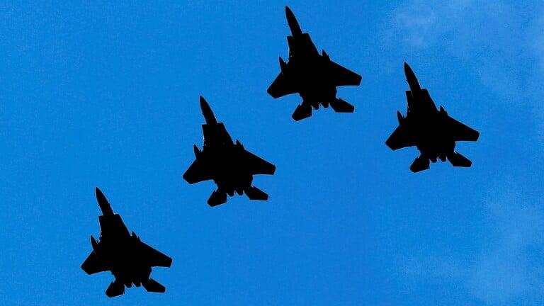 بعد الحشد الروسي ..أمريكا ترسل عشرات الطائرات الحربية إلى بولندا