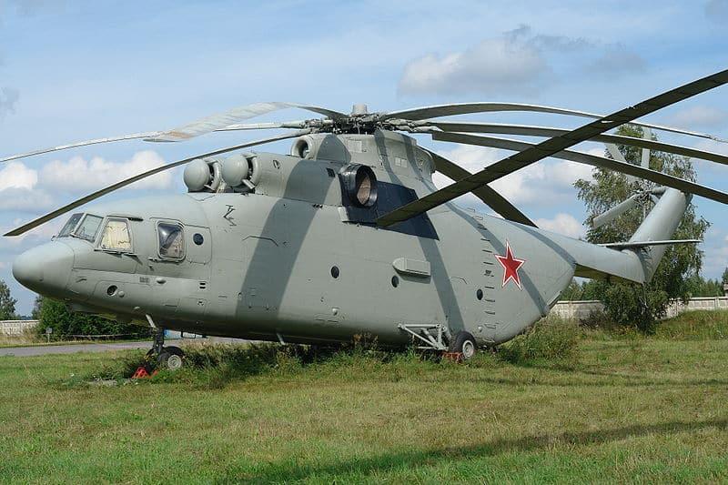 خصائص ومعلومات عن هليكوبتر طراز Mi-26 الروسية الصنع
