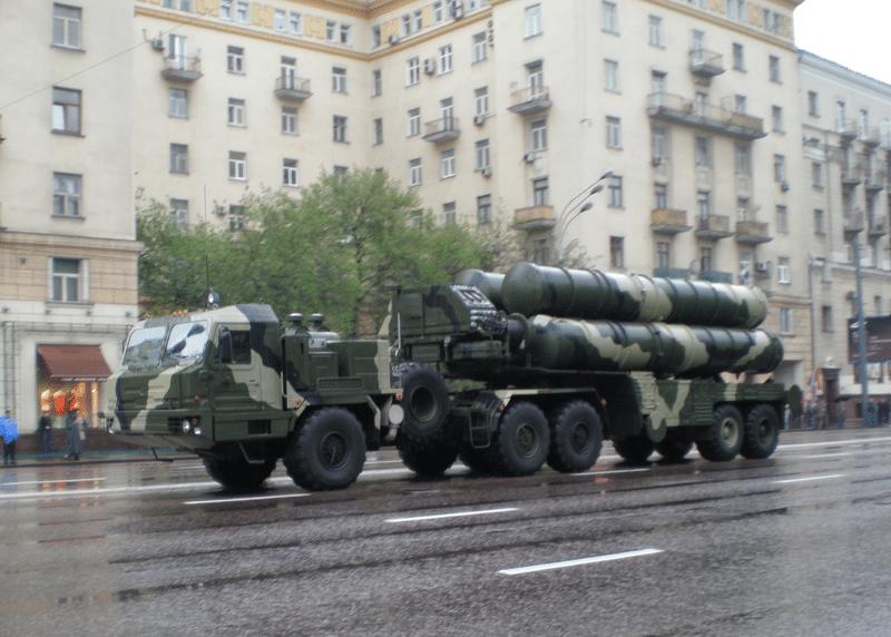 """مفاوضات تركية روسية لشراء دفعة جديدة من أنظمة صواريخ """"إس-400"""" الروسية"""