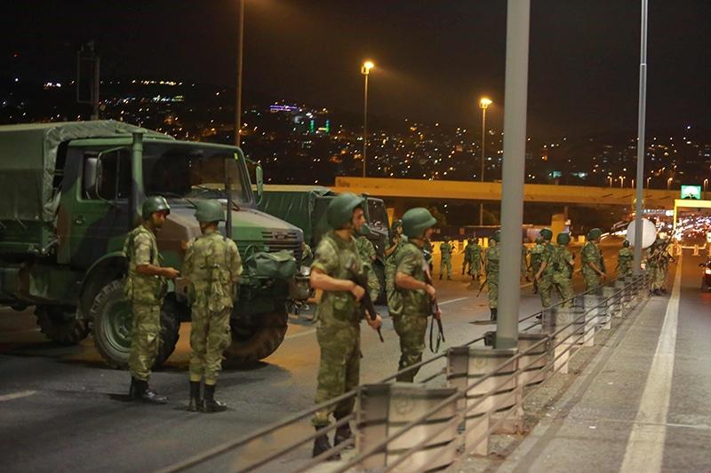 """توقيف أدميرالات بتركيا على خلفية """"بيان المتقاعدين"""" يمهد لإنقلاب عسكري"""