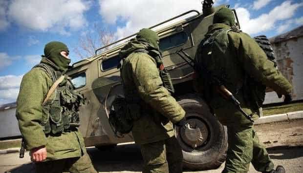 روسيا تسحب بعض القوات المنتشرة على الحدود مع أكرانيا