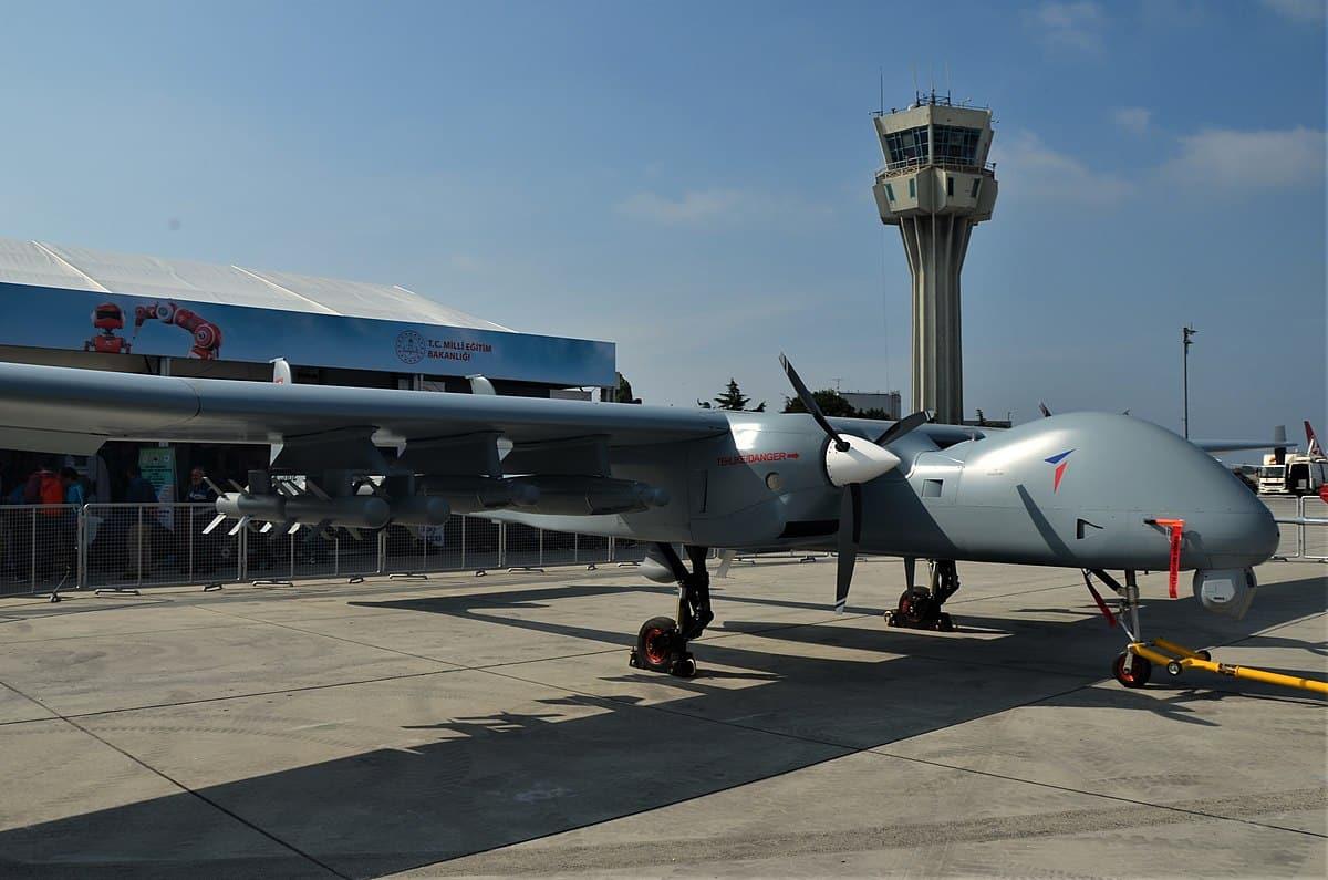 كندا تفاجىء تركيا وتلغي تصدير تكنولوجيا الطائرات المسيرة إليها