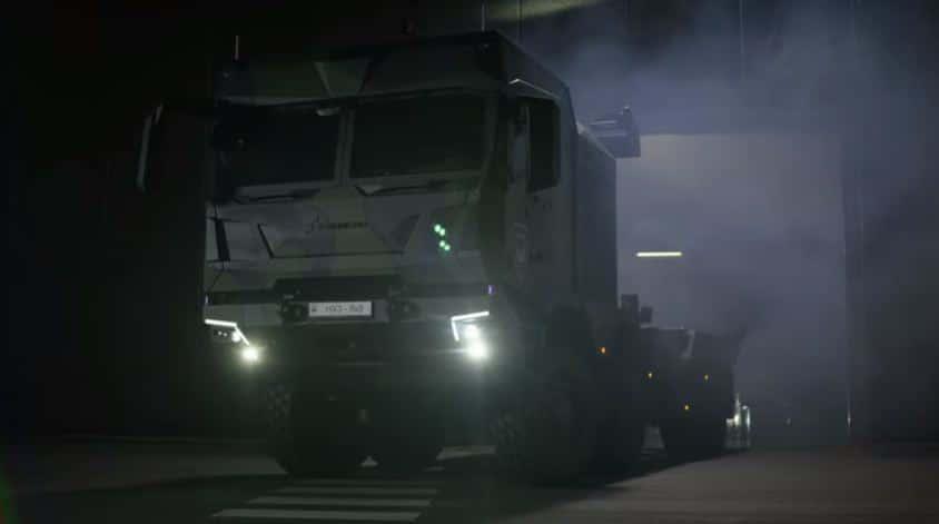 شركة دفاعية ألمانية عملاقة تكشف عن جيل جديد من الشاحنات التكتيكية HX3