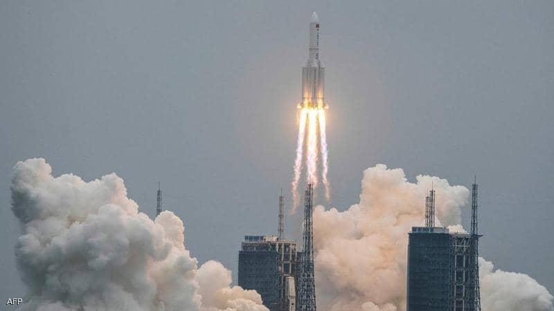 آخر أخبار الصاروخ الصيني التائه أين سيقع وماهي خطورته
