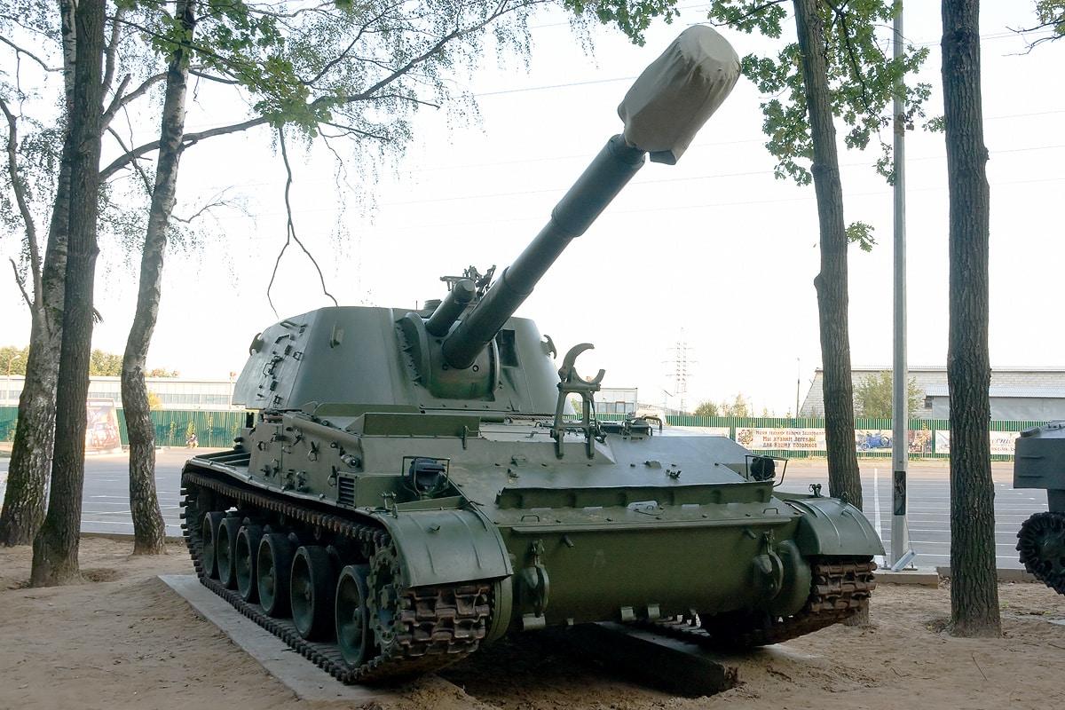 الجيش الإسرائيلي يستلم أول دفعة من مدافع هاوتزر ذاتية الدفع 2S3M2 152 ملم
