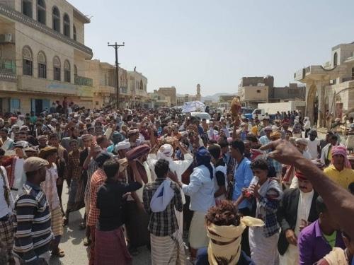 الاندبندنت تؤكد عدم وجود قوات إماراتية في سقطرى والسقطريين يرحبون بالسعودية