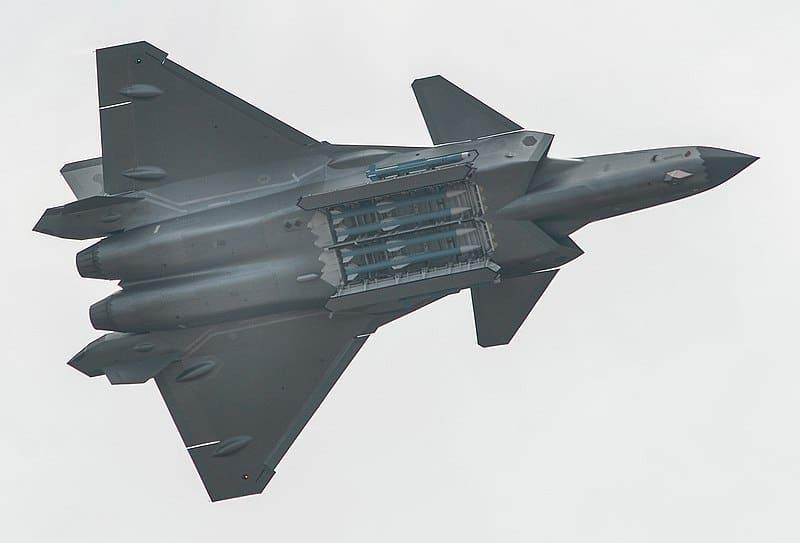 """لماذا تعتبر مقاتلات """"جي-20"""" الصينية كابوس حقيقي للولايات المتحدة؟."""