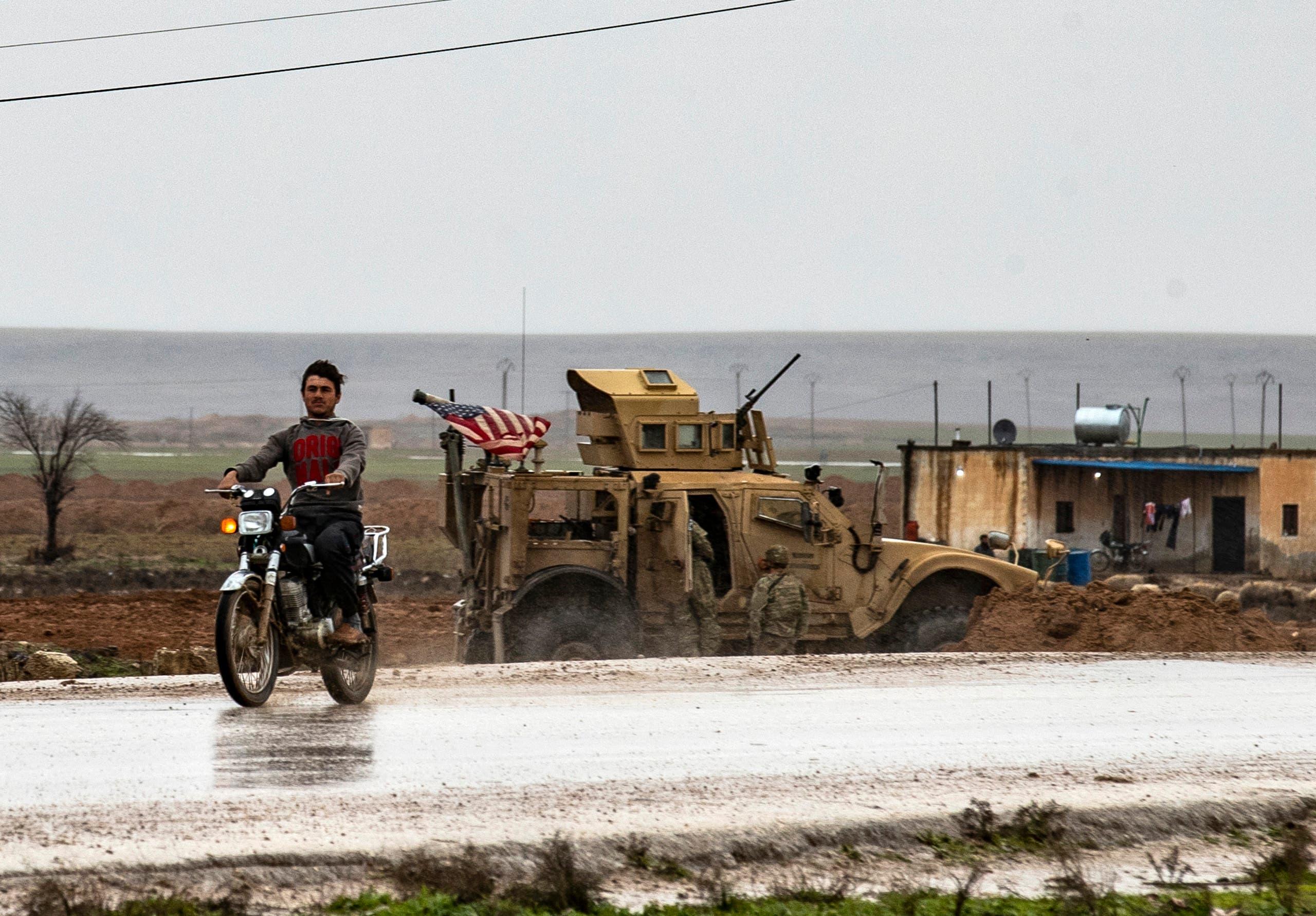 حراك إيراني روسي مريب شرق سوريا يقلق الجيش الأمريكي