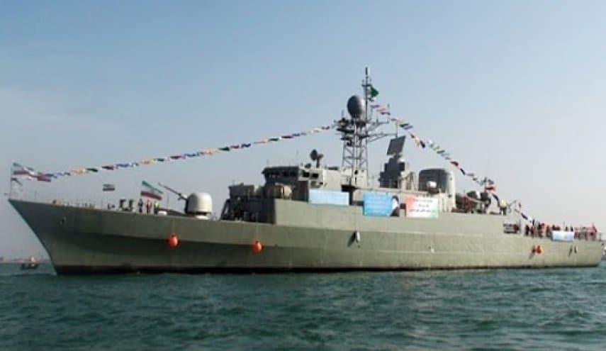 """المدمرة الإيرانية المحلية الصنع """"دنا"""" تبدأ مهامها في البحرية الإيرانية..تعرف مميزاتها"""