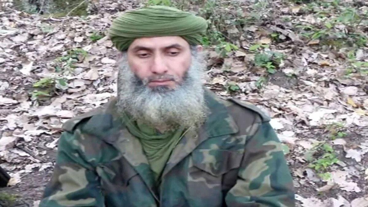 أمريكا تطلب المساعدة للقبض على زعيم القاعدة بالمغرب العربي وتعرض مكافأة