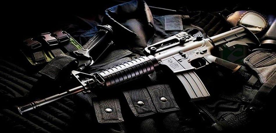 الأسلحة الأمريكية الهائلة التى استولت عليها طالبان معروضة للبيع!