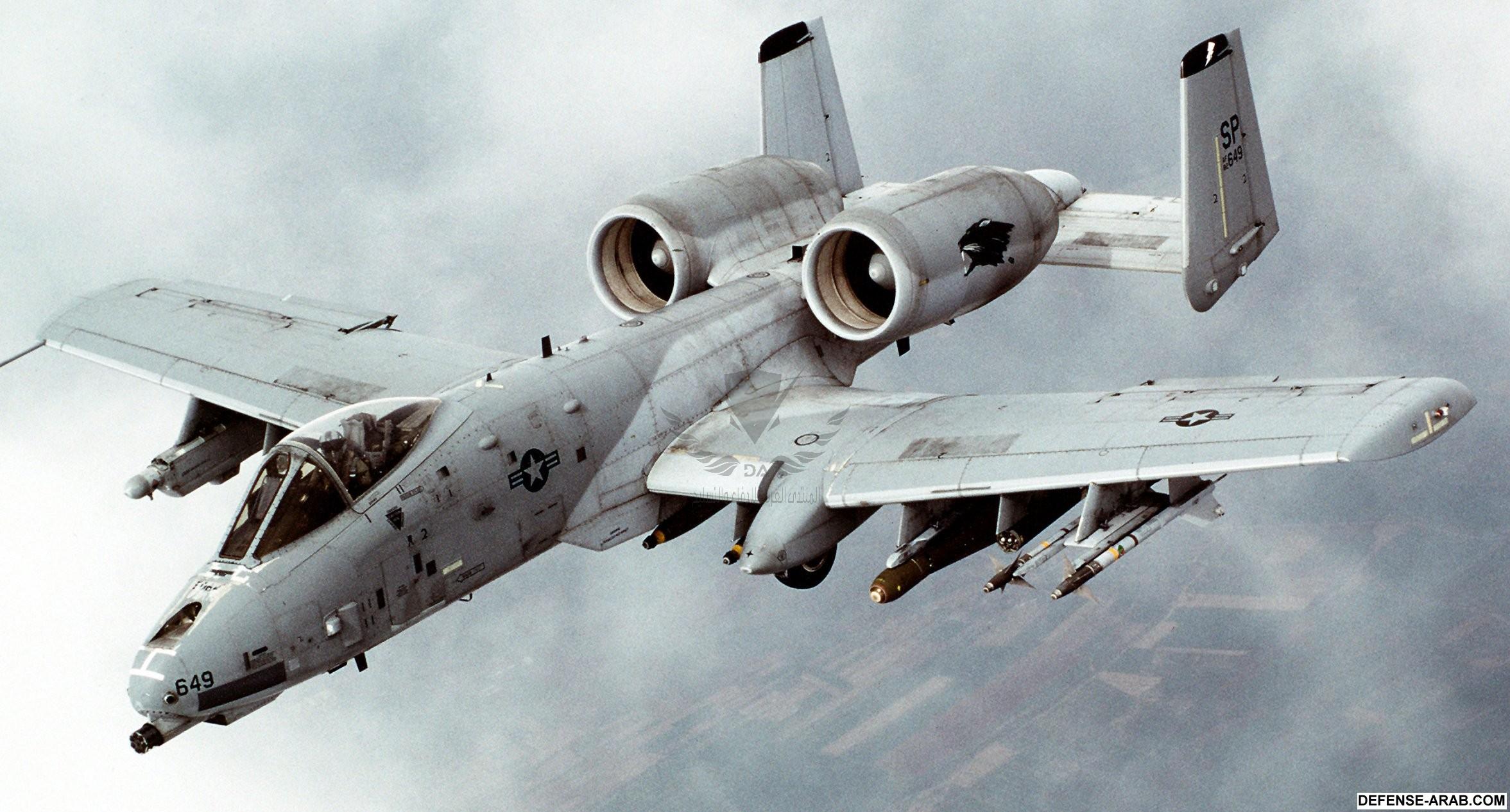 A-10_Thunderbolt_II_In-flight-2.jpg