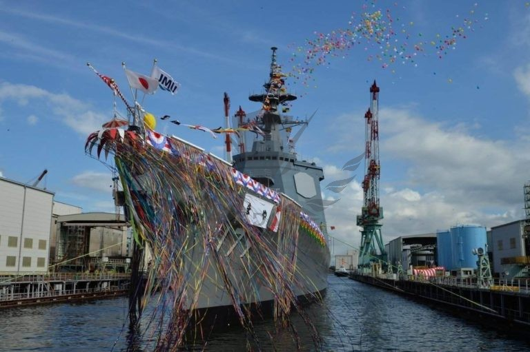 the-first-of-two-27ddg-destroyers-ordered-by-japan-is-launched-768x511.jpg