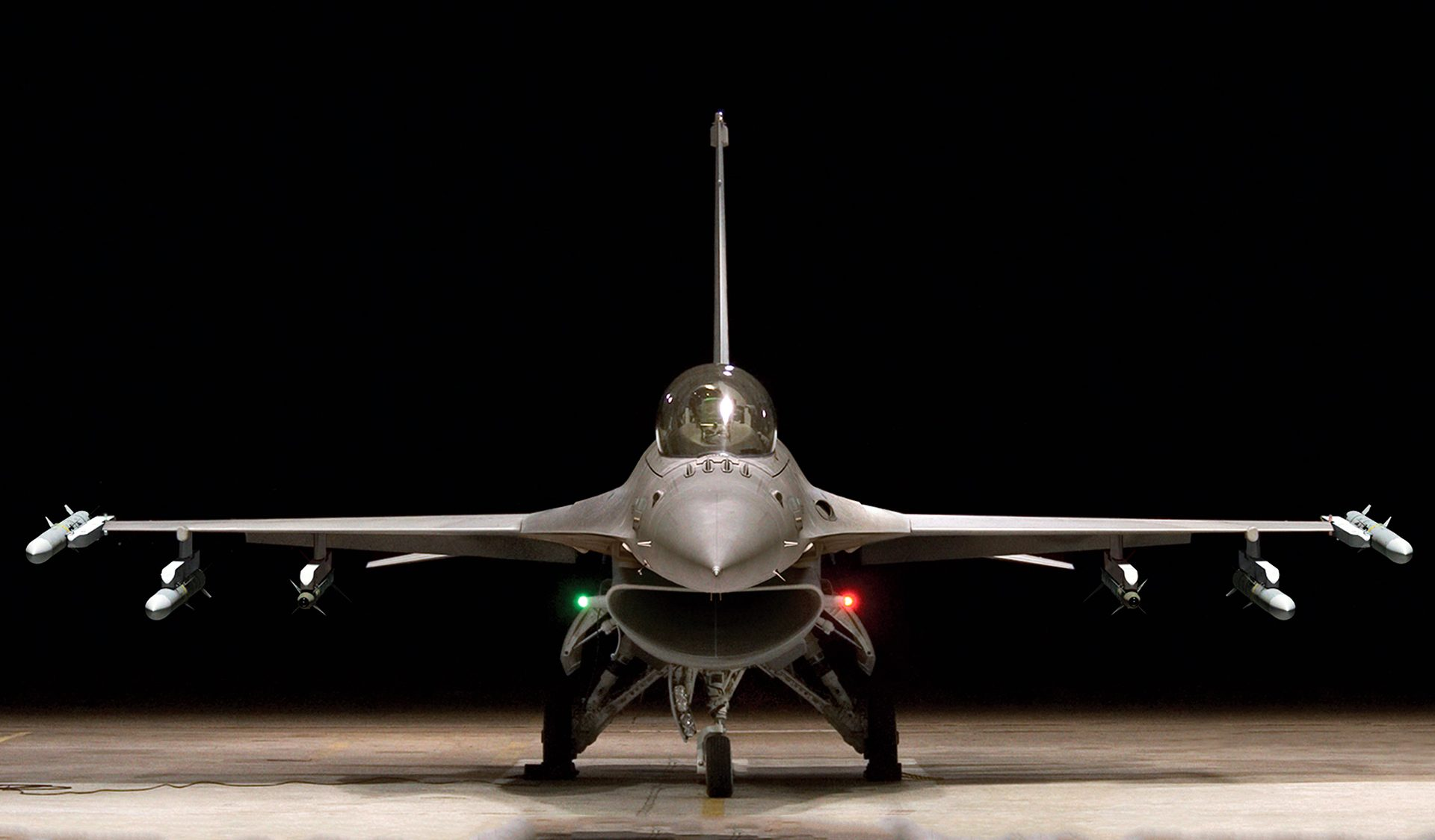 F-16-Training.jpg.pc-adaptive.1920.medium.jpeg