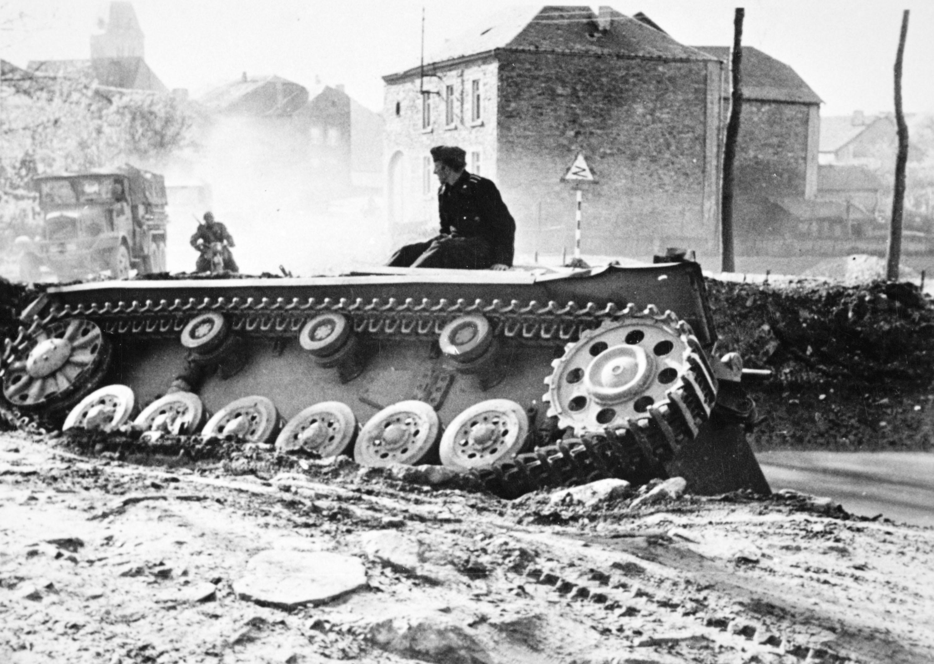 stuck-german-tank.jpg