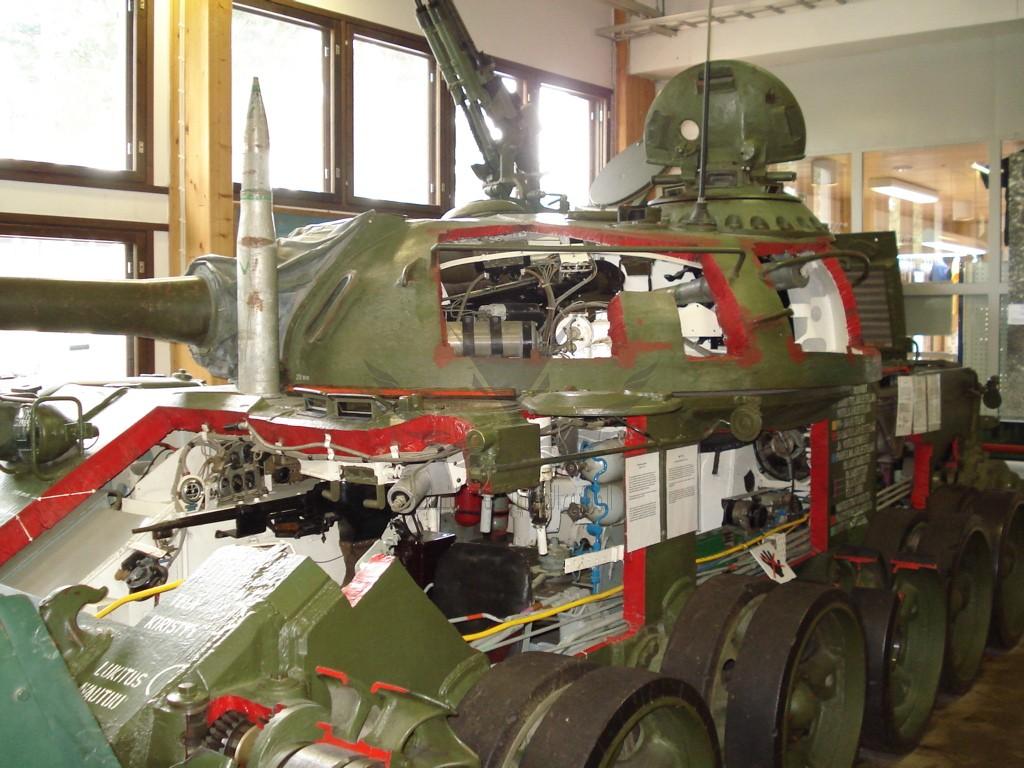 T54_Training_Parola_Tank_Museum_2.jpg