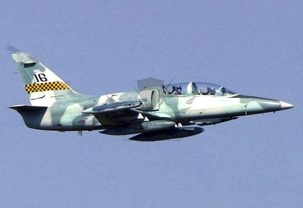 aero-l39-albatros-advanced-jet-trainer-light-strike-aircraft-czechoslovakia_13.jpg