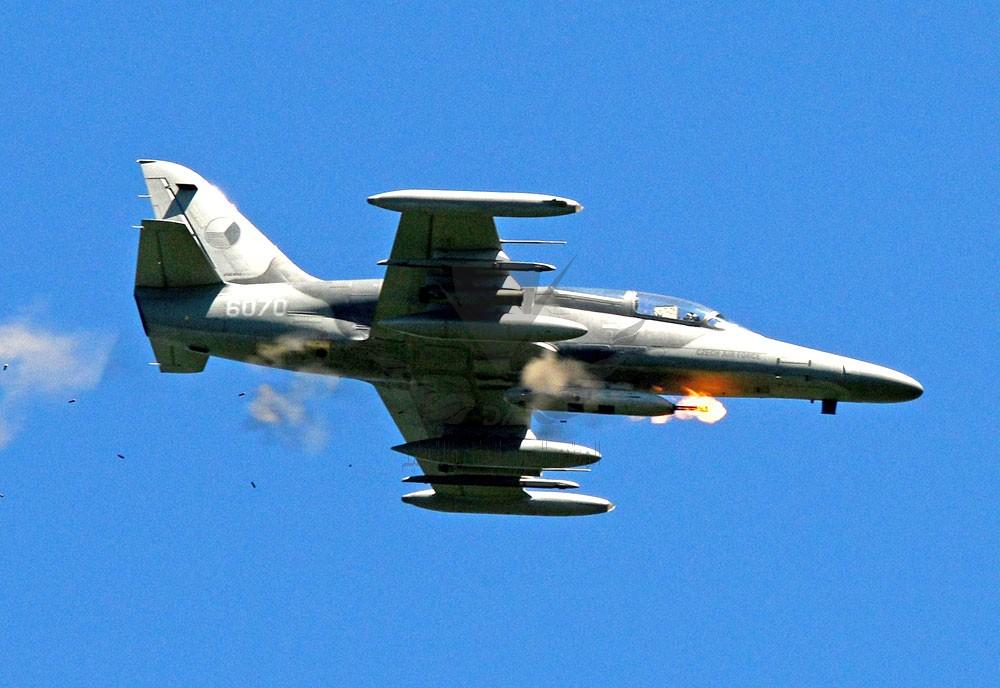 aero-l159-alca-advanced-jet-trainer-light-strike-aircraft-czech-republic_6.jpg