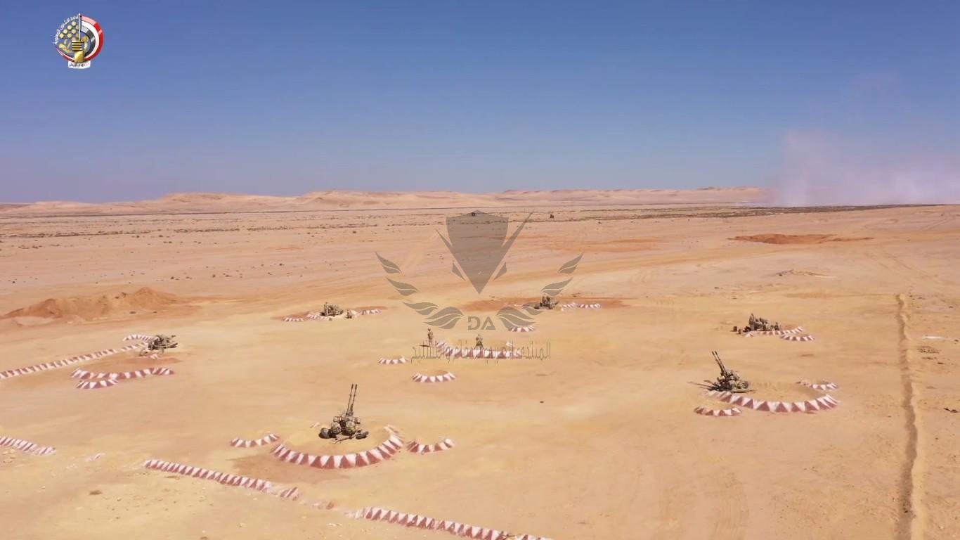 الفريق أول محمد زكى يشهد تنفيذ المرحلة الرئيسية للمناورة[(004609)2020-10-17-20-49-19].JPG