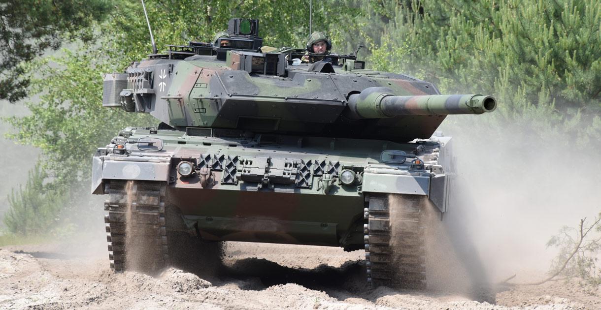 Leopard-2-A7-KMW-001.jpg