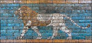 300px-Passing_lion_Babylon_AO21118.jpg