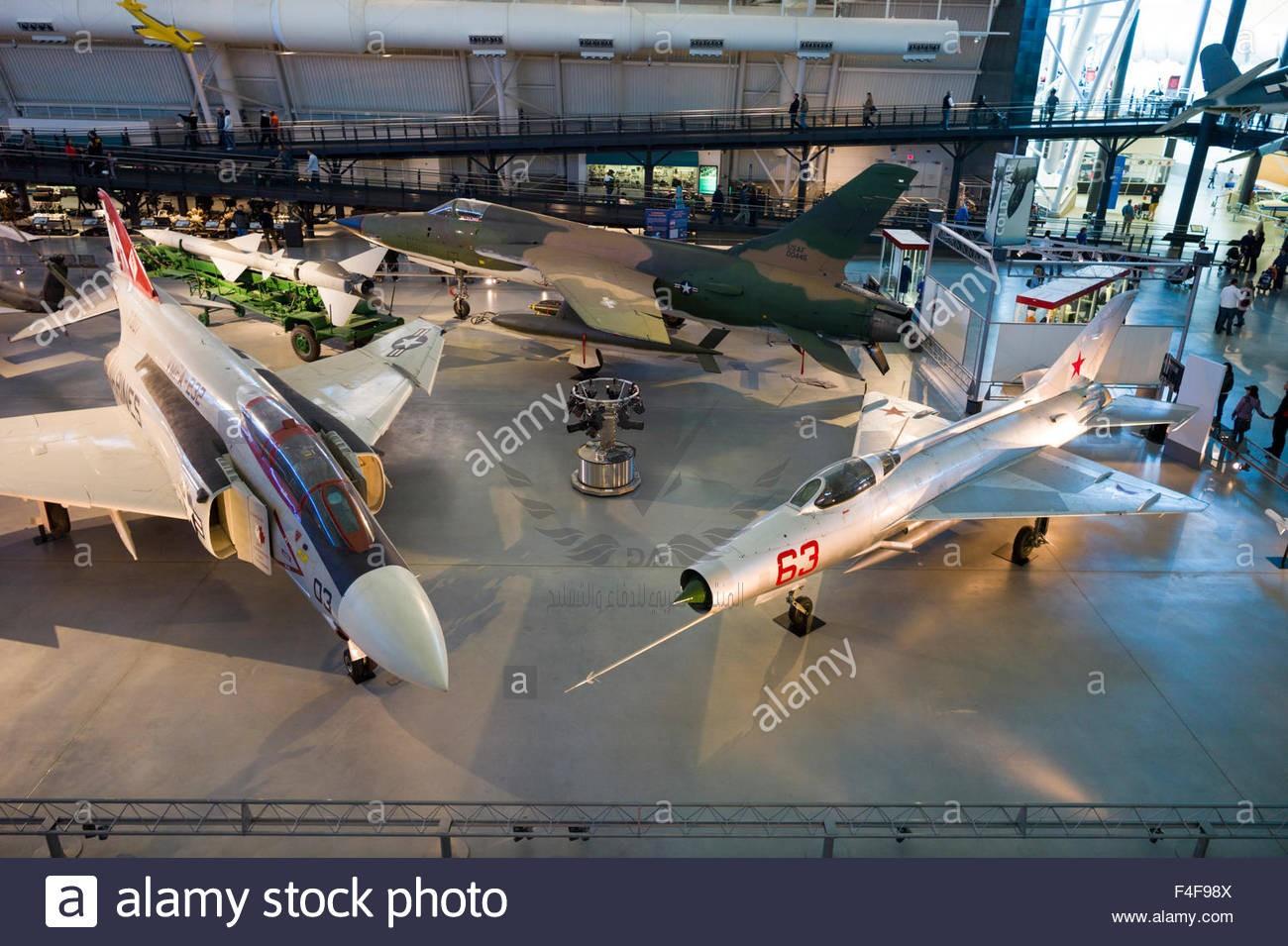 usa-virginia-herndon-national-air-and-space-museum-steven-f-udvar-F4F98X.jpg