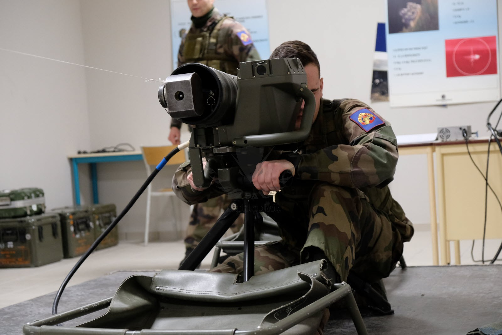 le-simulateur-d-instruction-technique-de-tir-de-missiles-eryx-permet-de-travailler-la-visee-le...jpg
