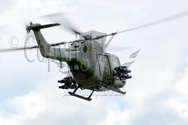 Westland Lynx AH7-001.jpg