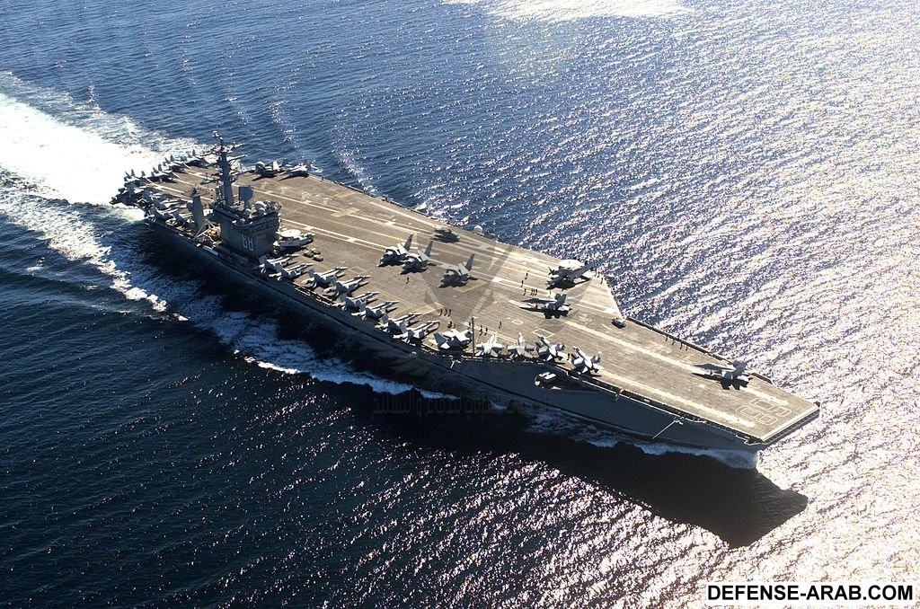 USS_Nimitz_in_Victoria_Canada_036.jpg